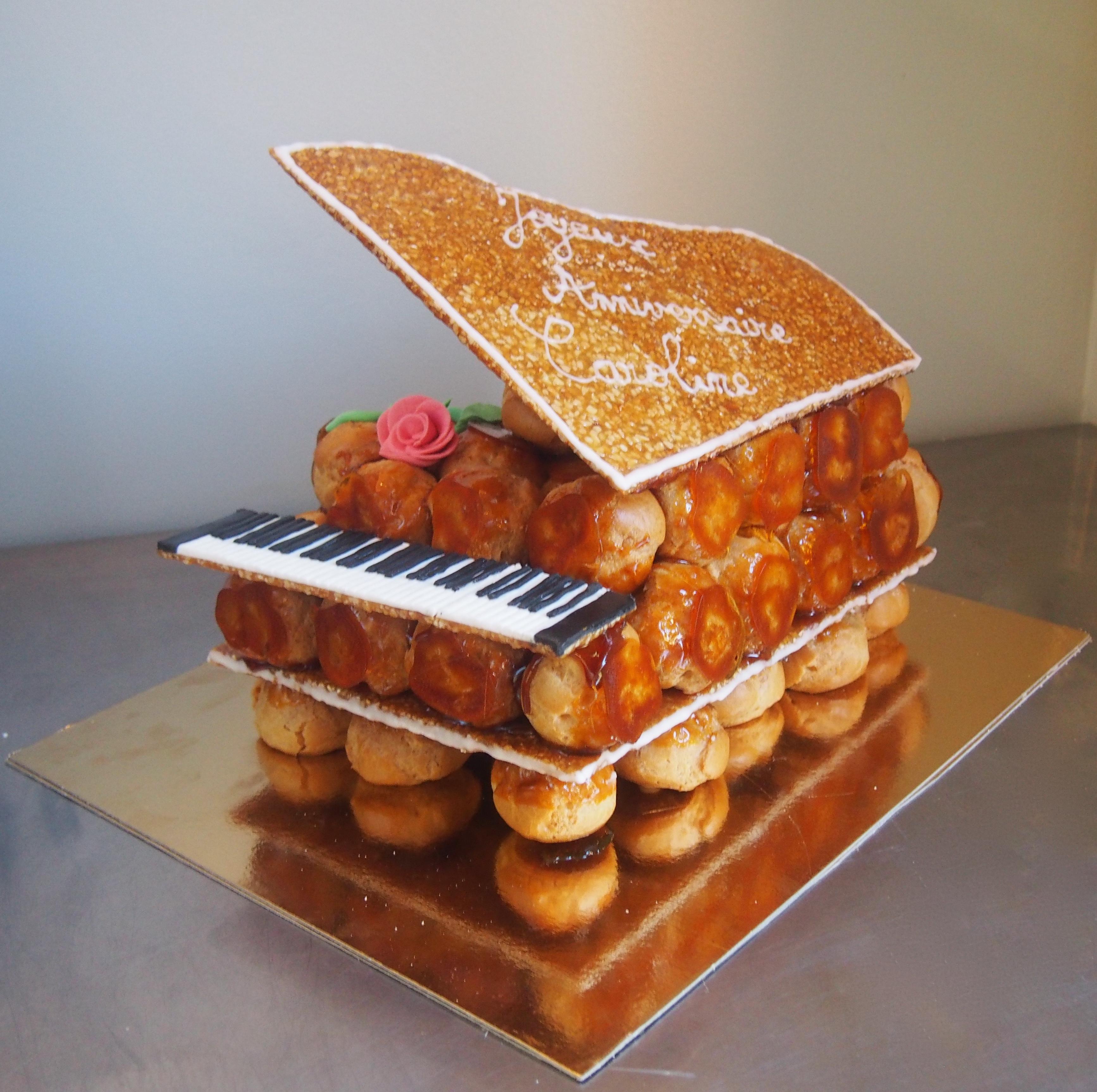pièce montée piano choux vanille